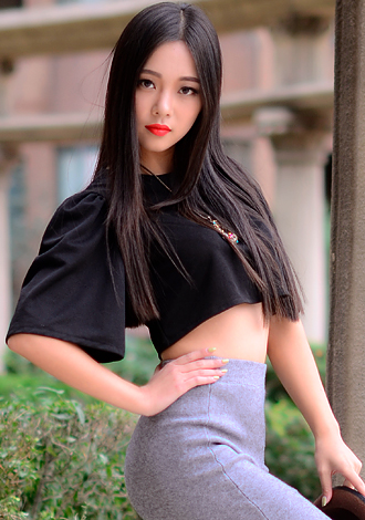 Completely unique Features of Gorgeous Asian Camshaft Girls